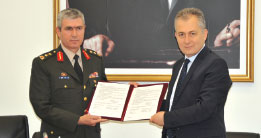 Developing Cooperation Between Military Academy Command (KHOK) and Aselsan