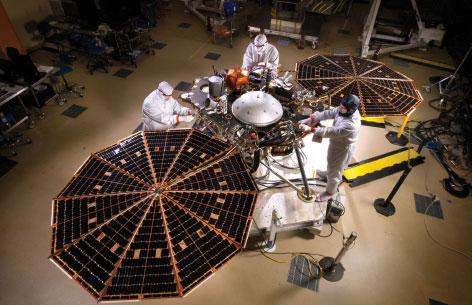 Lockheed Martin Completes Assembly of NASA's InSight Mars Lander