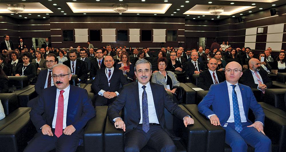 "18th Public Quality Symposium: ''Managing Change"""