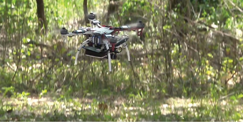 Smart Quadcopters Find their Way without Human Help or GPS