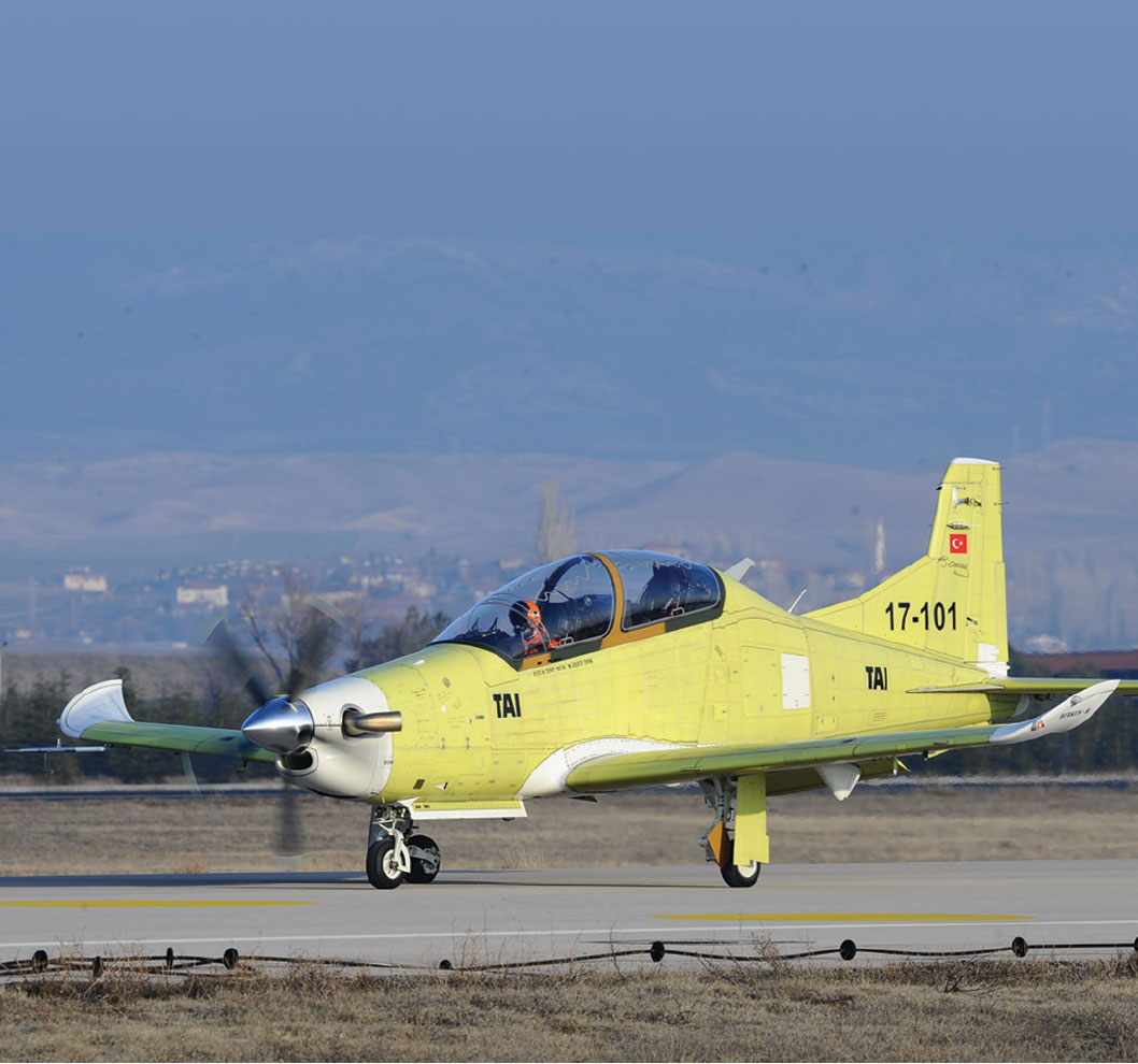 Hürkuş- B Accomplishes Maiden Flight