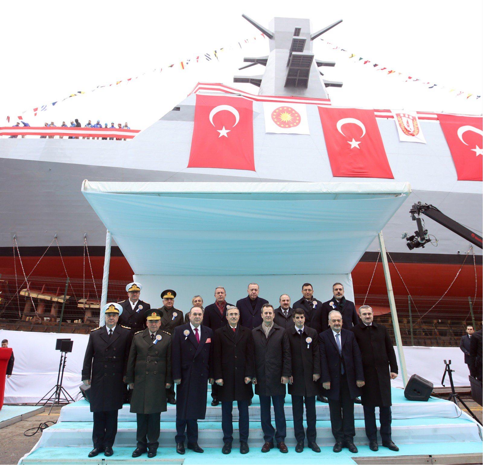 """A-591 """"Ufuk""""- Test & Eğitim ve İstihbarat Gemisi Denize İndirildi"""