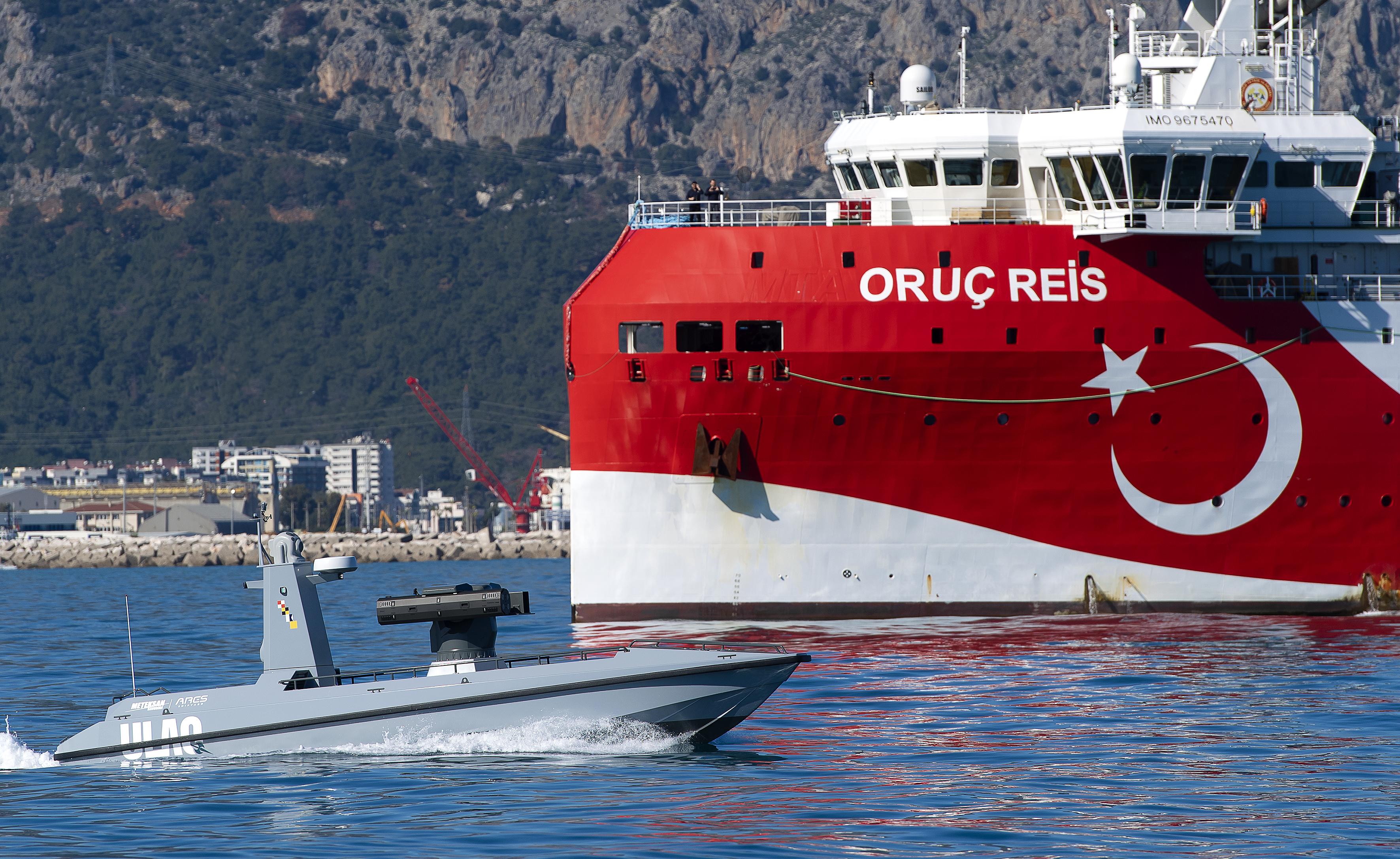 """Türkiye'nin İlk Silahlı İnsansız Deniz Aracı """"ULAQ"""" Mavi Vatan ile Buluştu"""