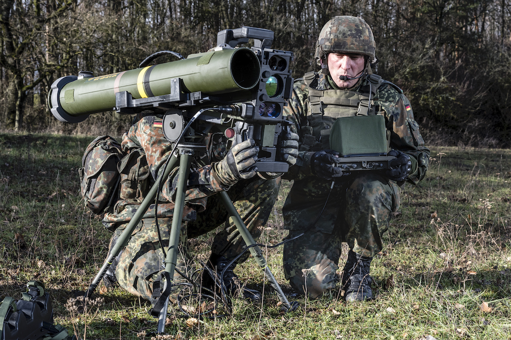 Multimillion-euro contract goes to Rheinmetall:  Bundeswehr issues new call-offs for MELLS guided  missiles and integrated command and launch units  from framework contract