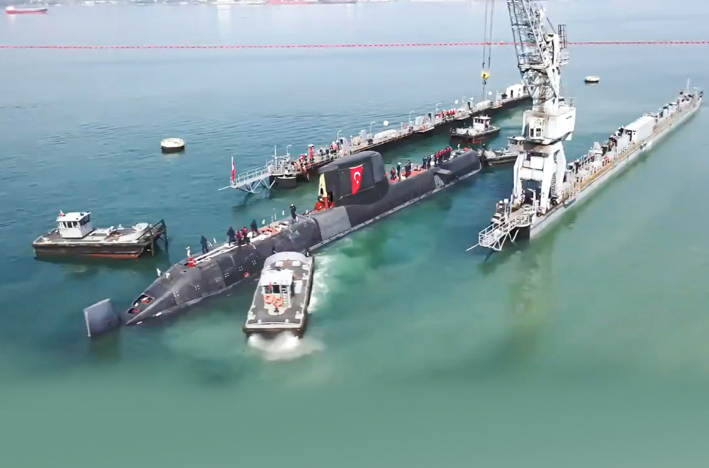 TCG PiriReis Submarine Meets the Sea