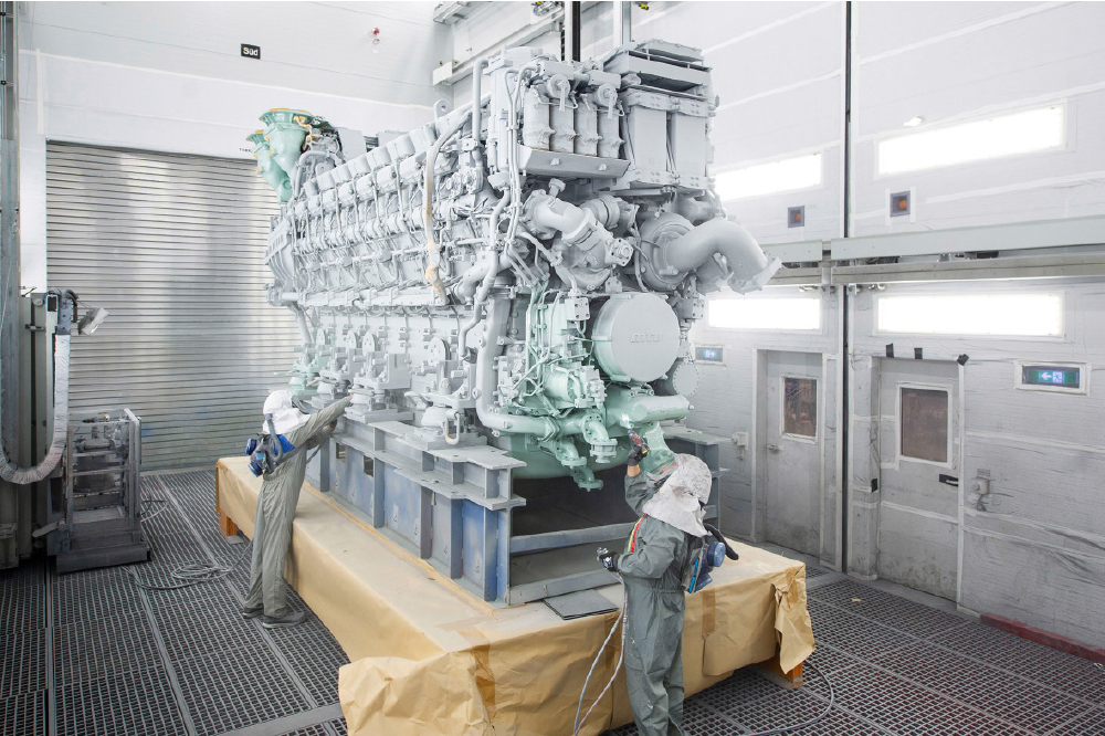 Rolls-Royce Delivers 16-Cylinder Version of MTU Series 8000 for the First Time